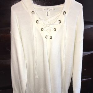 Women's cream colored hooded sweater size m